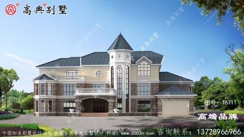 配合蓝坡屋顶弧形大窗户,提高室内景观效果